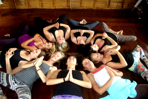 estudio-casa-del-sol-yoga-montanita-bamboostudio-vinyasa